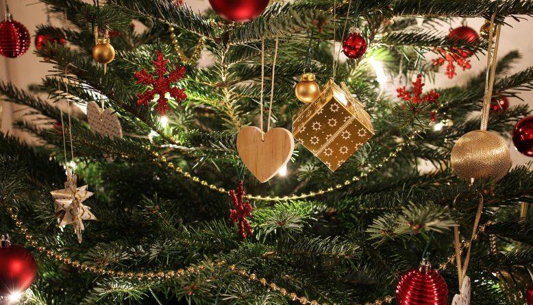Kerstboom optuigen