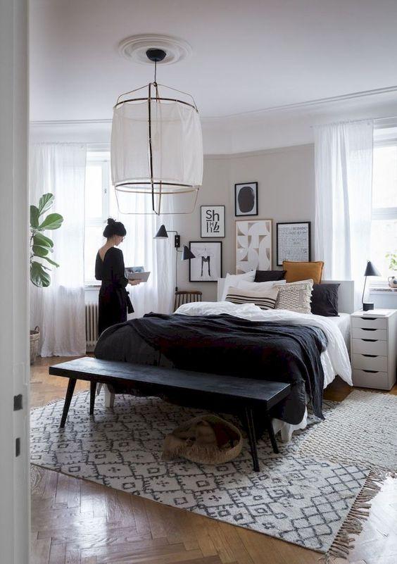 slaapkamer met zwarte details