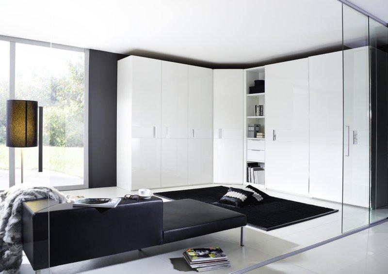 Zwart wit interieur kleine ruimte